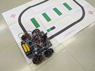 メカナムロボットでライントレーサを作りました。(おおたfab 第38回 素人でもロボットをつくりたい)